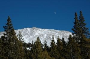 Moon-Over-Mountain